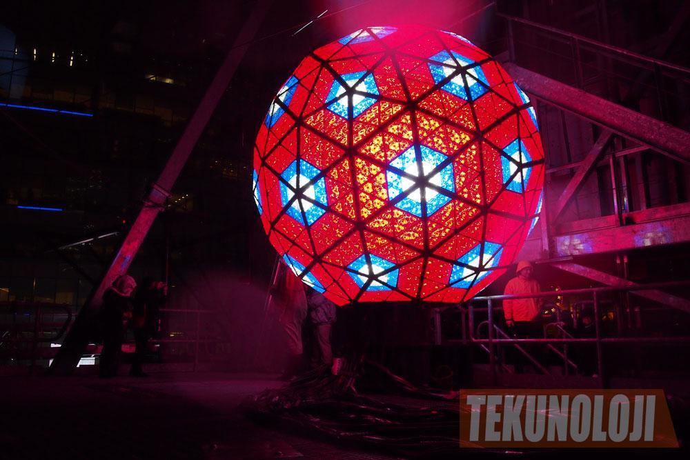 2012 New Year's Eve Ball | Tekunoloji